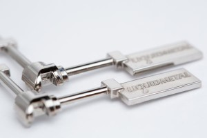 "Approximately 15 mm-long part implemented with Liquidmetal, drawn from the mould in ""finished"" form."